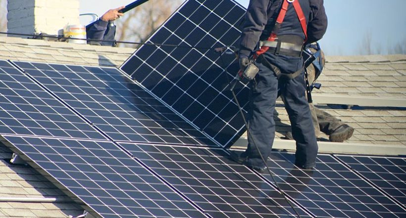 How to compare solar quotes and pick the best home solar power installer